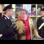 Bombolo – La rapina col taxi (dal film: I carabbinieri)